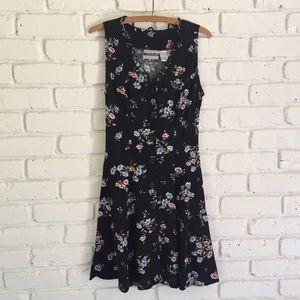 1990's Dark Floral Dress